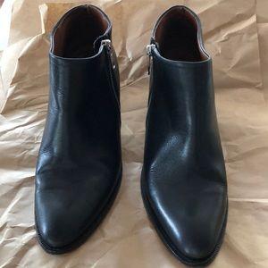 Saba Ankle boots side Zipper